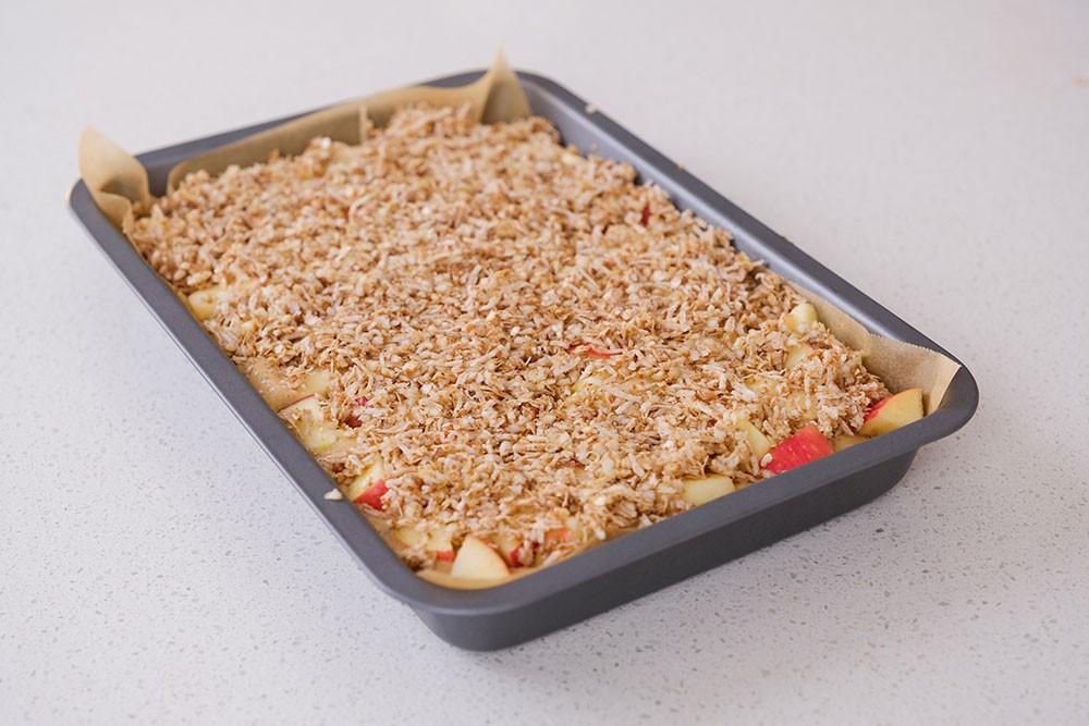 Gluten Free Apple Crumble Blondie